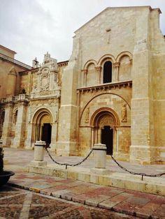 León, real colegiata de San Isidoro