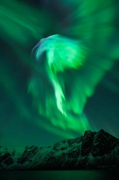 The biggest solar flare in six years reached Earth on January and created this beautiful aurora. Photo by Bjorn Jorgensen. Would Love to See an Aurora in person. they look so amazing. All Nature, Science And Nature, Amazing Nature, Beautiful Sky, Beautiful World, Beautiful Places, Aurora Borealis, Earth From Space, Tornados