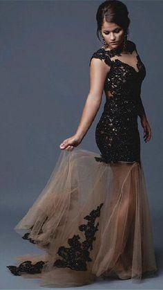 Prom dress 9780 pyramid