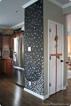 A fun snow wall you can do with the kids! Just like the idea of the chalkboard wall in the kitchen
