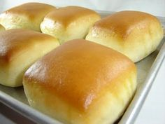 Texas Roadhouse Sweet Yeast Rolls Recipe * Also, click link for Cinnamon Honey Butter Recipe