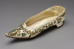 Woman's slipper French, 1790s France DIMENSIONS Height x width: 2 3/8 x 2 15/16 in., 23 cm (6 x 7.5 cm, 9 1/16 in.) MEDIUM OR TECHNIQUE Silk...