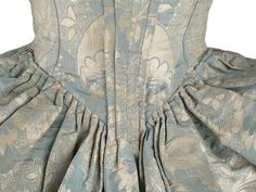 Shoe-Icons / Clothes / Dress a l'anglais made of blue silk damask with flowery pattern.