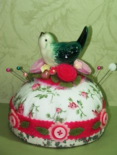 Giving out little vintage knick knacks found at thrift stores and encouraging guests to trade would be cute and fun.