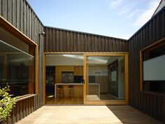 Rob Kennon Architects | Batten & Board House, timber cladding, black stain