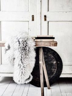 Image via We Heart It https://weheartit.com/entry/118367040/via/5452254 #books #chair #fakefur #home #interior #vintage #wood #whiteinterior
