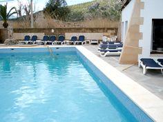 Construcción de piscinas en Mallorca - Piscina del Hotel Uyal en Pollença