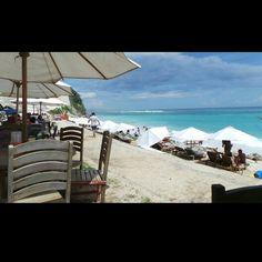 Hot sunday in Pandawa Beach, Bali