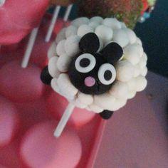 Sheep Cake Pop Found on cutecupcakes. Cute Cakes, Yummy Cakes, Sheep Cake, Cake Pop Maker, Marshmallow Pops, Farm Yard, Bake Sale, Cupcake Cookies, Cake Art