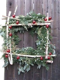 square xmas door wreath