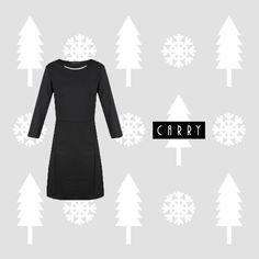 Co ubrać na wigilię firmową to coroczny problem wielu z nas. Dla Pań przygotowaliśmy specjalną sukienkę, która dzięki swojemu wykończeniu nie wymaga dodatkowej biżuterii. #autumn #outfit #fashion