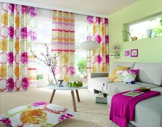 Cu ce perdele sa impodobim geamurile pe sezonul de vara? Decor, Simple Curtains, Printed Shower Curtain, Bedroom, House, Bed, Interior, Drapes Curtains, Home Decor
