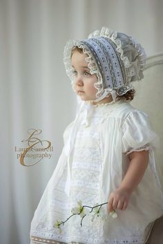 Gorgeous child in a spectacular bonnet! Christening Gowns Girls, Christening Outfit, Baptism Dress, Baby Hat Knitting Pattern, Baby Hats Knitting, Beanie Pattern, Sewing For Kids, Baby Sewing, Smocking Baby