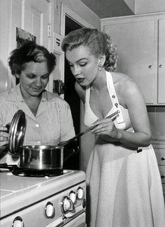 vintage everyday: Marilyn Monroe's Handwritten Turkey-and-Stuffing Recipe