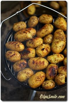 Ziemniaki z grilla Bbq Grill, Grilling, Aga, Vegan Lifestyle, Baked Potato, Picnic, Food And Drink, Pizza, Potatoes
