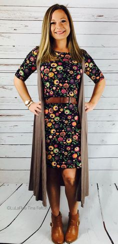 LuLaRoe Julia and LuLaRoe Joy of the LuLaRoe Outfit win!! Come on spring!! LuLaRoeTinaFelton
