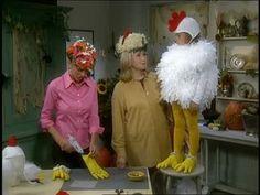 Martha Stewart and Jodi Levine craft a Baby Chicken Costume for Halloween.