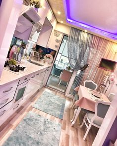 What is this a camper? Reminds me of Barbies dream motorhome lol Simple Kitchen Design, Kitchen Room Design, Kitchen Cabinet Design, Home Decor Kitchen, Bedroom Interior Colour, Home Interior Design, Small Balcony Decor, Shabby Chic Kitchen, Indian Home Decor
