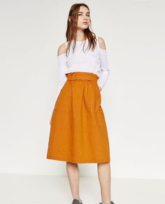 Image 3 of SKIRT WITH GOLD-TONED DETAILS from Zara