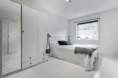 Bench, Real Estate, Flat, Storage, Furniture, Home Decor, Rome, Purse Storage, Bass