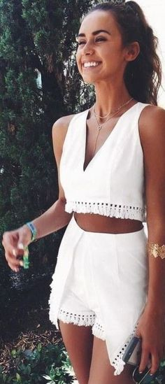 Two piece matching sets are perfect summer outfits! Cute summer outfits that you will want to wear this year! No matter how you spend your summer days, these summertime outfits will be sure to impress! Modest Summer Outfits, Summer Fashion Outfits, Holiday Outfits, Teen Fashion, Summer Dresses, Womens Fashion, Fashion 2016, Fashion Trends, Beach Dresses