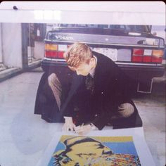 Bowie signing Bowie