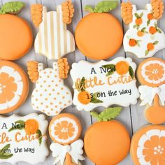 A little cutie is on the way! Baby Shower Cookies, Baby Cookies, Cute Cookies, Royal Icing Cookies, Sugar Cookies, Peach Cookies, Birthday Cookies, Shower Party, Baby Shower Parties