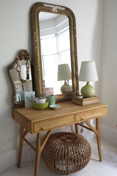 Vanity Table for the bedroom