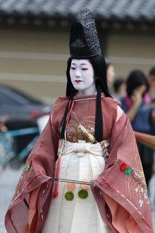 Tomitae as Shizuka Gozen during Jidai Matsuri
