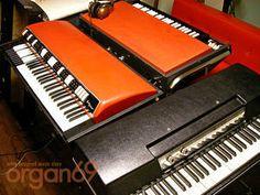 記念撮影 : retro designed music store organ69