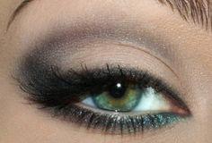 green eye makeup yes!