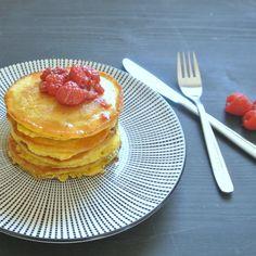 Pancakes mit Himbeer-Sirup