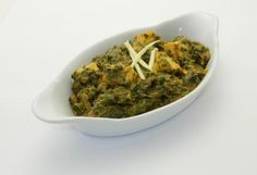 Palak paneer - in a mildly spiced spinach mash (v) Vegetarian Curry, Vegetarian Options, Curries, Palak Paneer, Guacamole, Spinach, Spices, Menu, Ethnic Recipes