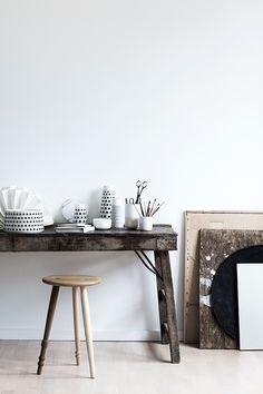 found by hedviggen ⚓️ on pinterest  details   tableinterior design   interior styling   walls   floor   modern   minimal   clean   dining   eat  Casalinga