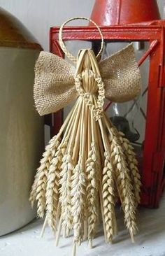 Interesting ideas for decor: Новогодние идеи. Burlap Crafts, Diy And Crafts, Paper Crafts, Diy For Kids, Crafts For Kids, Corn Husk Crafts, Corn Dolly, Lavender Crafts, Angel Crafts