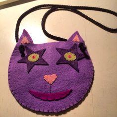 Felt kitty purse. So easy!