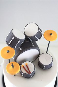 Cute drumkit set on top of a birthday kit. For the full view and a HAPPY BIRTHDAY photo message to send to a band / music loving friend on their special day, see my pin https://www.pinterest.com/pin/384987468125499986/ - and oh, aren't those tiny drumsticks darling! #DianaDee:) for each Drummer Drumming: a #HUMOR PIC - https://www.pinterest.com/claxtonw/humor-pics/