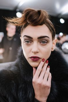 Backstage Photos of Marc Jacobs Fall 2015 Runway Show - Marc Jacobs at New York Fashion Week Fall 2015