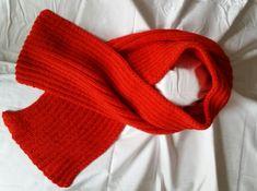 gestrickter Schal von StrickshopKreationen auf Etsy Orange, Outfit, Etsy, Fashion, Yellow Scarves, Scarf Knit, Moda, La Mode, Fasion
