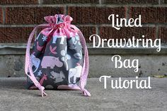 Free Bag Pattern and Tutorial - Lined Drawstring Bag