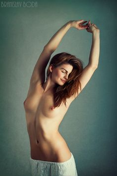 #Young #naked #woman in the #morning #smiling :) #nude #artistic