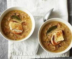 Cibulová polévka se sýrovým toustem | Recepty Albert Hummus, Thai Red Curry, Peta, Cooking, Ethnic Recipes, Food, Kitchen, Essen, Meals