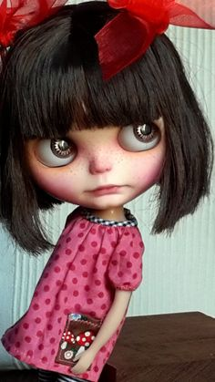 OOAK Blair is AVAILABLE par KassandraBox sur Etsy