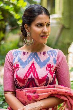 Buy online Blouses - Rose pink ikat cotton boatneck blouse from House Of Blouse Cotton Saree Blouse Designs, Saree Blouse Patterns, Fancy Blouse Designs, House Of Blouse, Modern Saree, Beautiful Blouses, Indian Designer Wear, Cotton Blouses, Marie