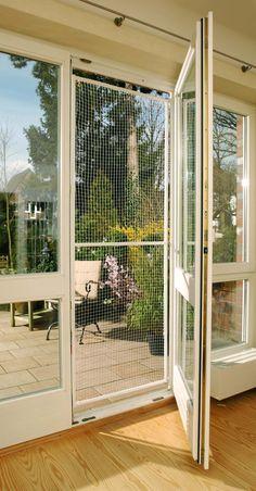 komplett offenen balkon ohne bohren vernetzen bilder gesucht seite 2 katzen forum cat. Black Bedroom Furniture Sets. Home Design Ideas