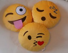 NEW Set of 3 Emoji Emotion Cushions Stuffed Plush Pillows Round Yellow 32cm