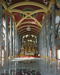 ✯ Wat Nong Bua Ubosot Interior, Ubon Ratchathani, Thailand - WOW!