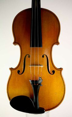 A Mirecourt Violin, JB Vuillaume Label, Laberte Workshops circa 1920. http://martinswanviolins.com/sales/mirecourt-violin-laberte-workshops/
