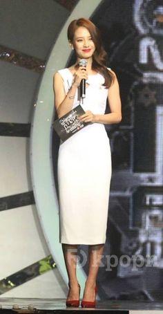 Korean fashion - Song Ji Hyo