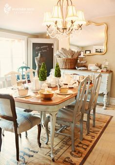 Miss Mustard Seed's Dining Room. Dining Room Inspiration, Home Decor Inspiration, Comedor Shabby Chic, Dining Area, Dining Table, Dining Rooms, Dining Chairs, Miss Mustard Seeds, Table And Chairs